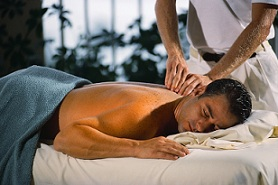 Massage pour mal de dos... Les bonnes techniques pour un massage du dos réussi …