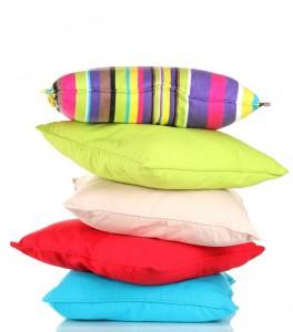 5 Reflexes pour faire disparaître vos douleurs cervicales, et si on parlait de votre oreiller ?