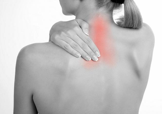 """Soulagez dès maintenant vos douleurs cervicales en 5 étapes """"d'urgence"""""""